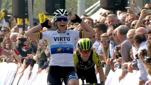 Watch the stunning Flanders finish as Bastianelli beats Van Vleuten to win Women's title