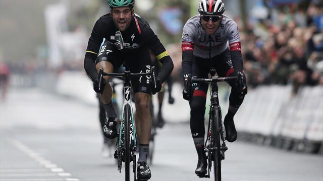 Ronde van het Baskenland | Schachmann sprint naar derde etappezege in Arrigorriaga