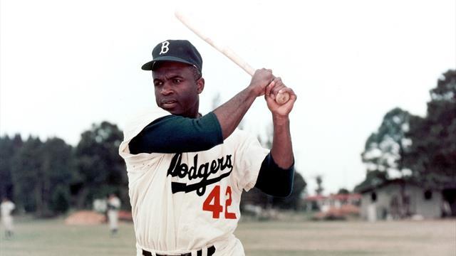 Jackie Robinson, l'eroe che abbatté la barriera della segregazione razziale nel baseball