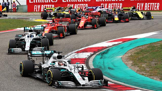 Paseo a la gloria de Hamilton y nuevo calvario de Sainz en China