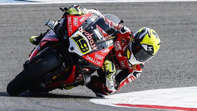 Superbikes: Pleno inédito de un brutal Álvaro Bautista... ¡11 de 11!
