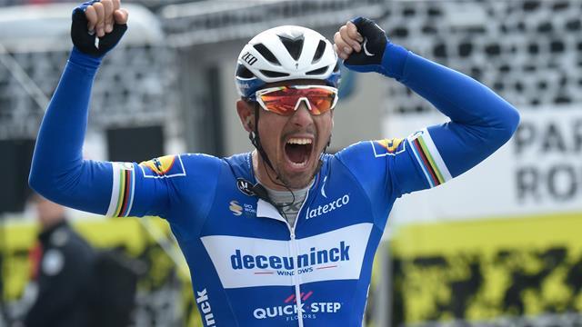 Watch the final kilometre of Paris-Roubaix