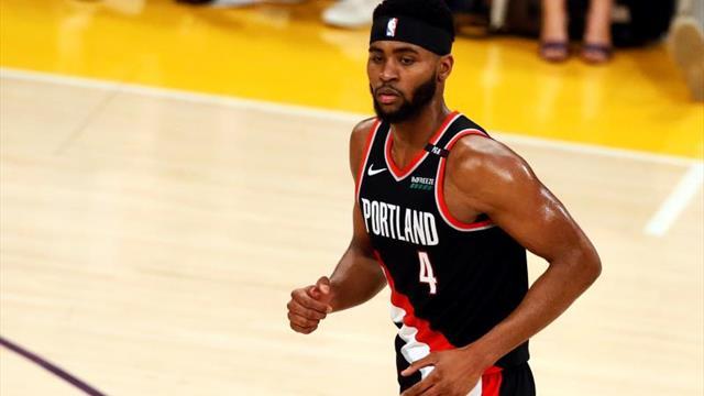 Bucks de Milwaukee derrotaron 121-86 a los Pistons de Detroit