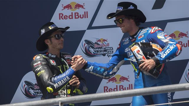 Chi è Alex Rins, il pilota che ha tolto il successo a Rossi e ha riportato la Suzuki alla vittoria
