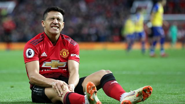 Alexis in talks with 'some clubs' - Solskjaer