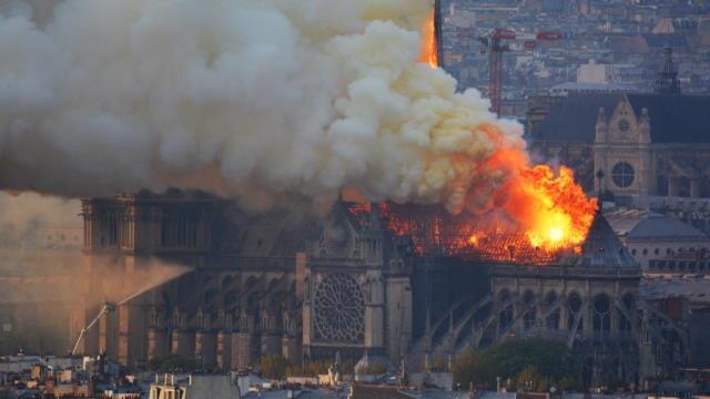 """Incendie à Notre-Dame - Zidane : """"C'est toujours terrible de voir ces choses-là..."""""""