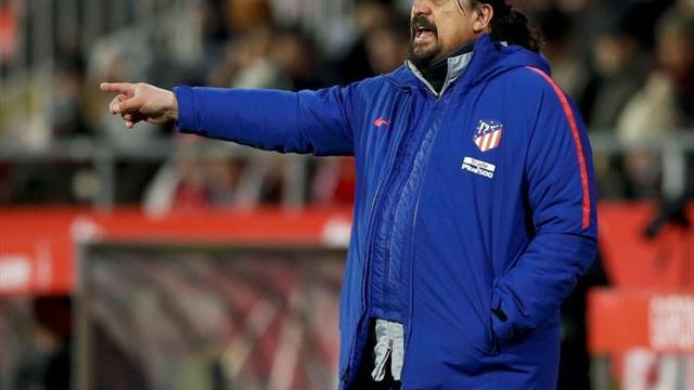 Mono Burgos, 50 años de fútbol, pasión y carisma
