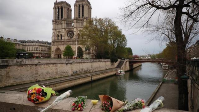 El fútbol francés se moviliza por la catástrofe de Notre-Dame