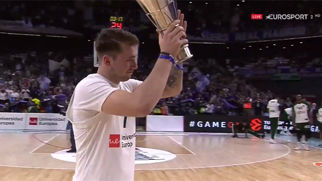Luka Doncic torna a Madrid: standing ovation per salutare l'ex Mvp
