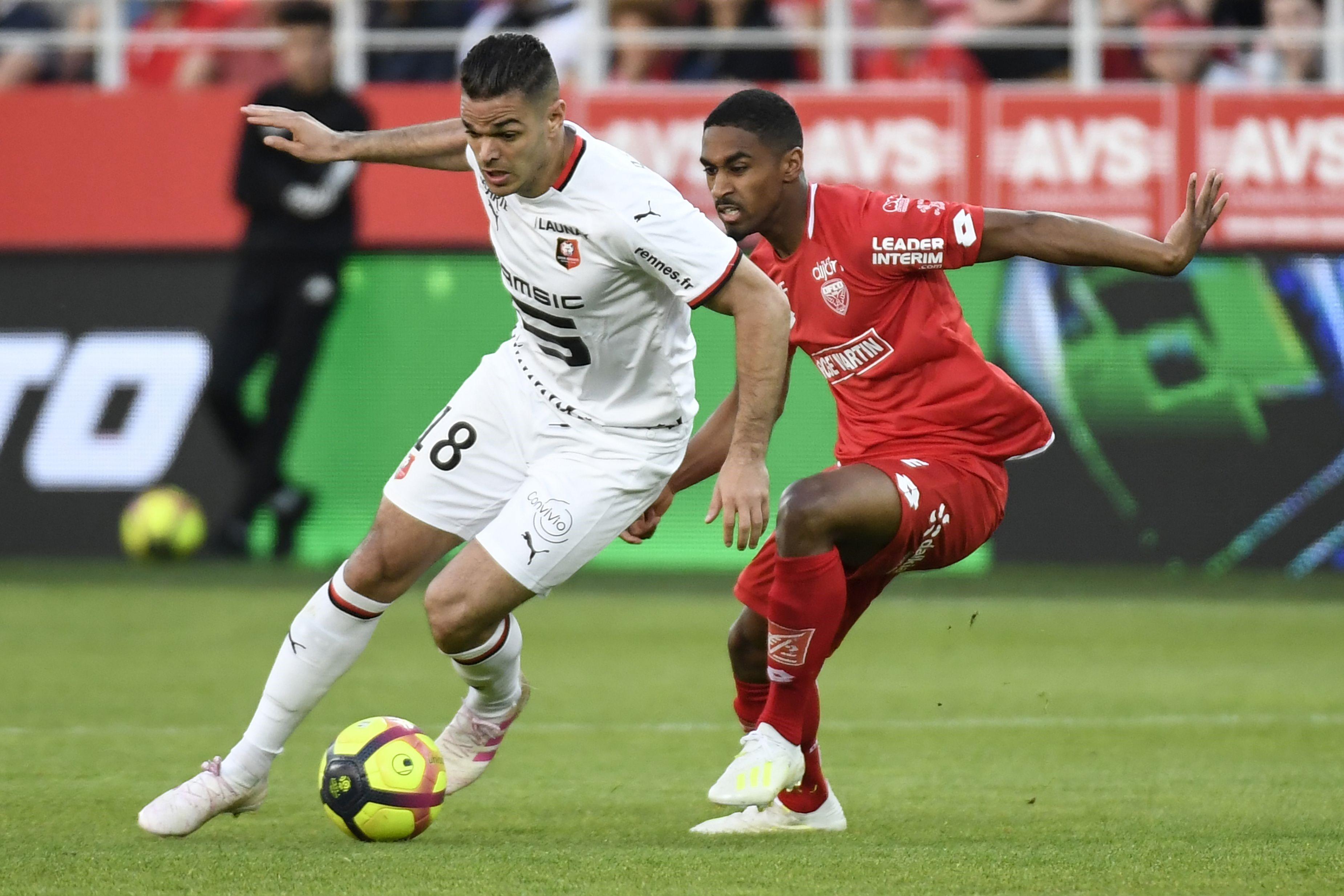 Hatem Ben Arfa et Mickael Alphonse lors de Dijon - Rennes en Ligue 1 le 19 avril 2019