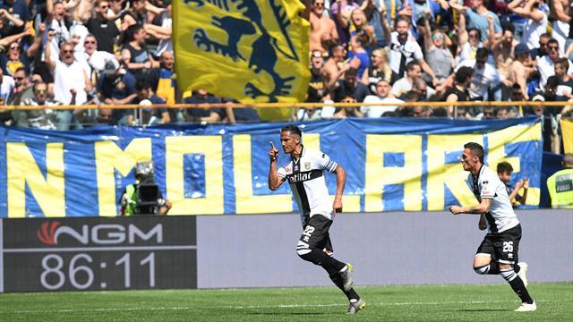 Gattuso angry after Alves free kick denies Milan win at Parma