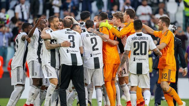 La exultante celebración de los jugadores de la Juve tras conquistar el Scudetto