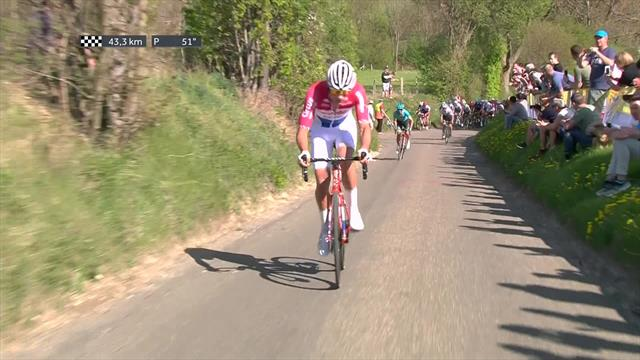 Mathieu van der Poel attacks at Amstel Gold Race
