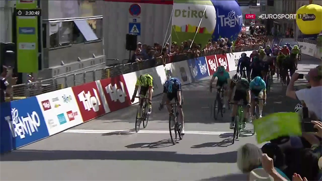 Geoghegan Hart alla prima vittoria in carriera al Tour of the Alps