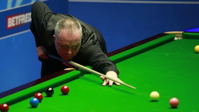 Higgins overcomes brother's bad break at Crucible to progress