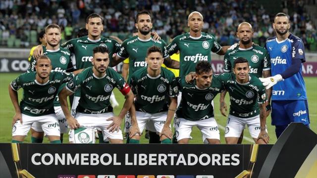 Palmeiras goleó a Melgar y le dio una mano a Júnior