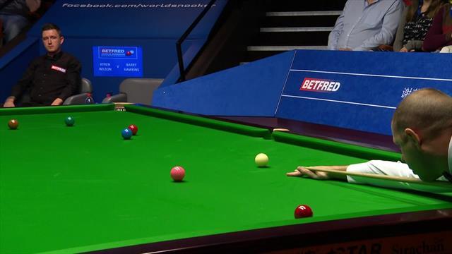 Campeonato del mundo de Snooker: El muy afortunado golpe de Hawkins y la reacción de su rival