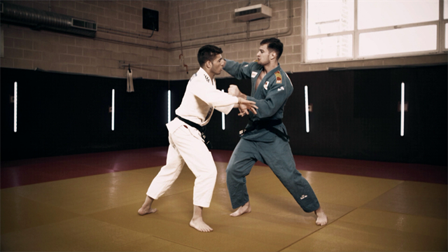 Sherazadishvili demonstrates Uchi mata judo throw