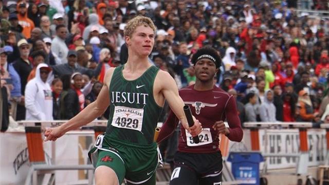 'White lightning' - High school sprinter runs 100m in 9.98 seconds