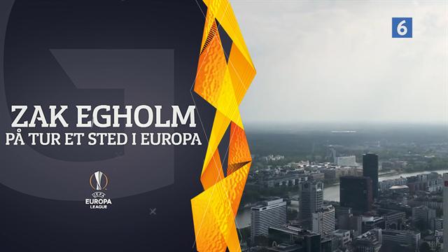 På tur et sted i Europa: Zak og Bischoff ser Commerzbank Arena fra højden