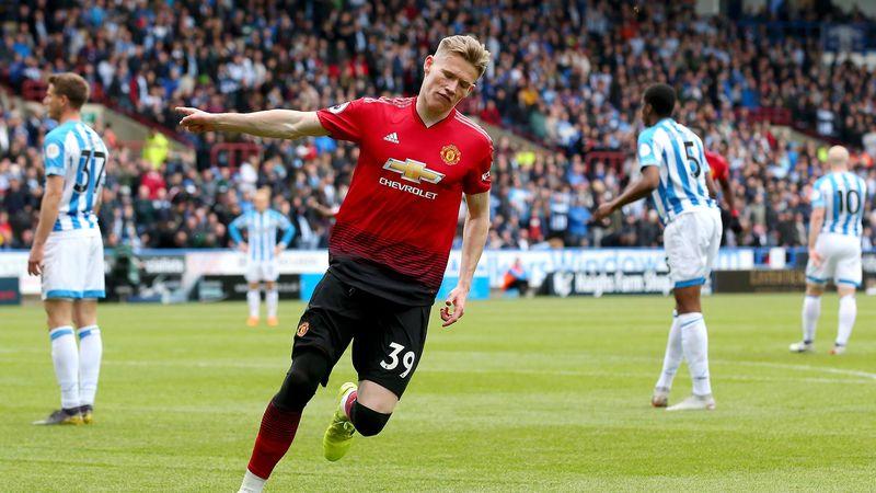 Scott McTominay of Manchester United celebrates