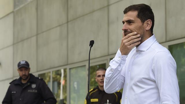 Casillas ne jouera pas cette saison et entre dans le staff à Porto