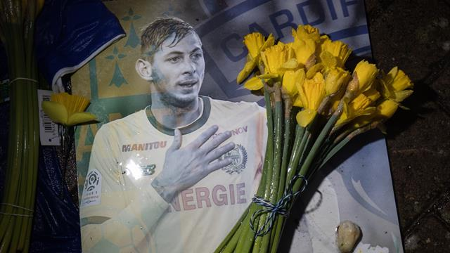 Sala and pilot likely exposed to carbon monoxide before fatal crash - report