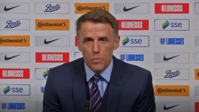 Neville 'convinced' England will have a good World Cup