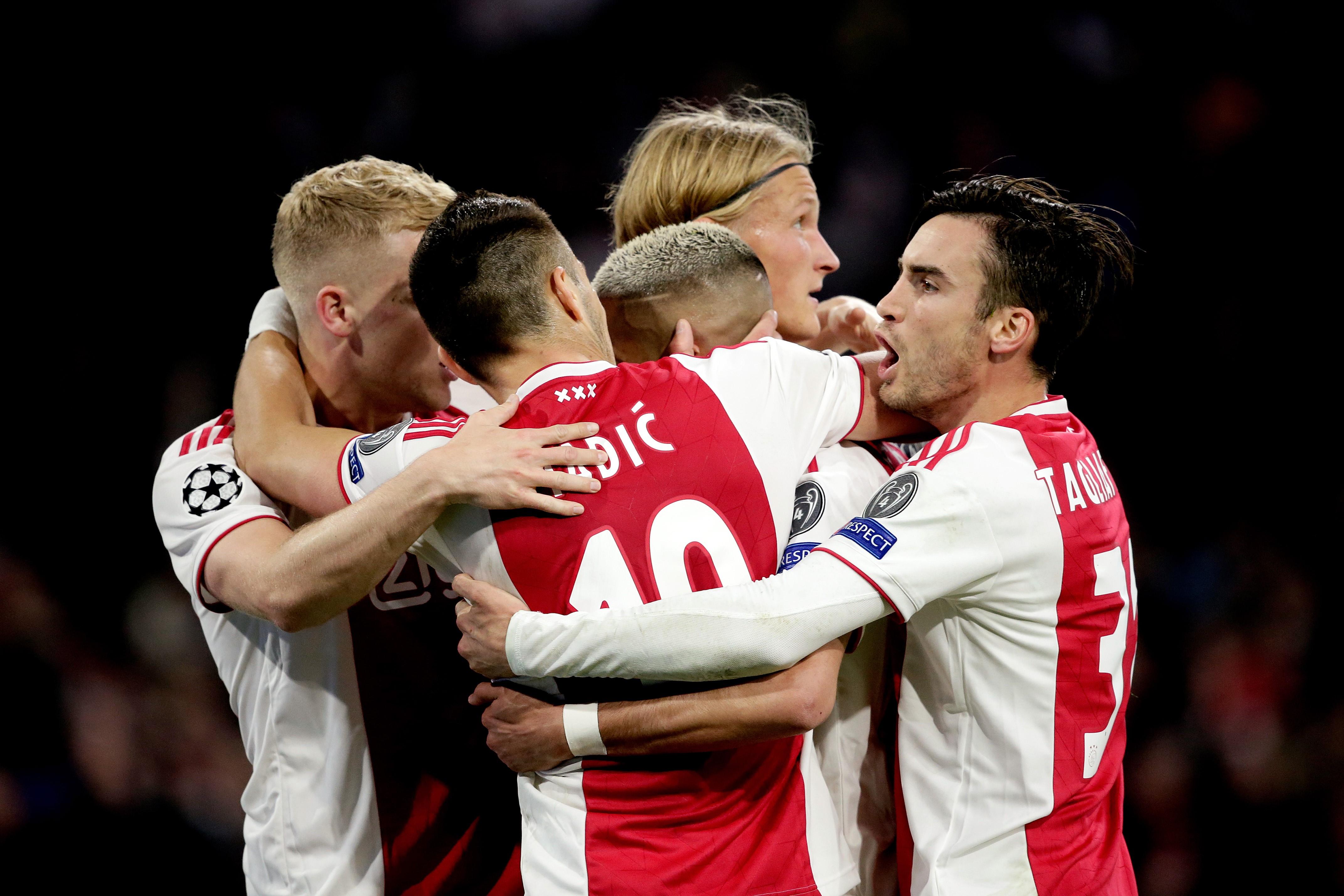 Donny van de Beek of Ajax, Dusan Tadic of Ajax, Hakim Ziyech of Ajax, Kasper Dolberg of Ajax, Nicolas Tagliafico of Ajax celebrate 2-0 during the UEFA Champions League match between Ajax v Tottenham Hotspur at the Johan Cruijff Arena on May 8, 2019 in Ams