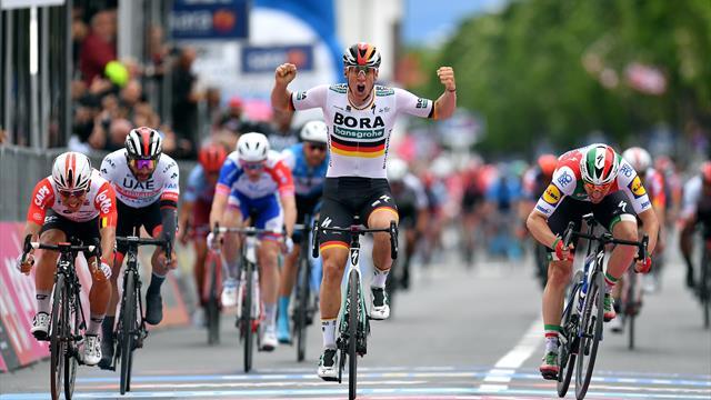 Turul Italiei: Pascal Ackermann s-a impus în etapa a 2-a la sprint masiv
