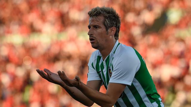 El curioso gesto de Coentrao con un jugador del Benfica que está revolucionando las redes
