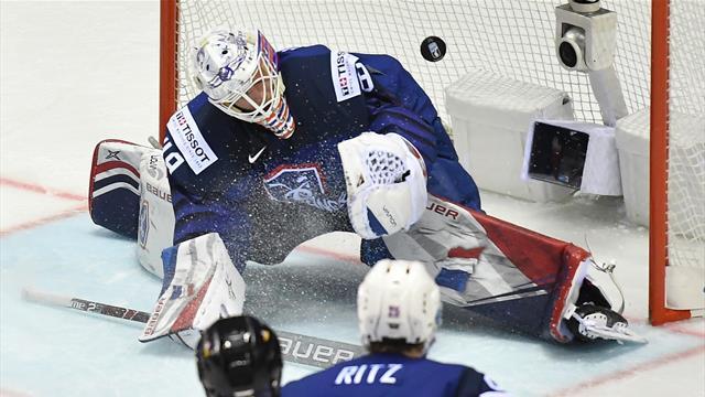 Battus par la Finlande, les Bleus joueront leur maintien contre la Grande-Bretagne