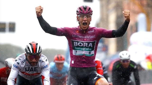 Ackermann beats Gaviria in torrential rain on day that Dumoulin abandons