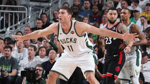 Lopez sauveur de Milwaukee et bourreau de Toronto