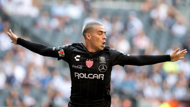 Brian Fernández, el exNecaxa, debuta con gol y se une al protagonismo latino