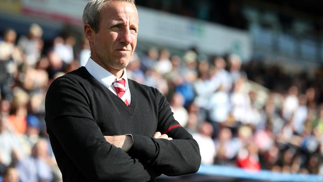 Bowyer calls for Charlton to keep foot on the pedal