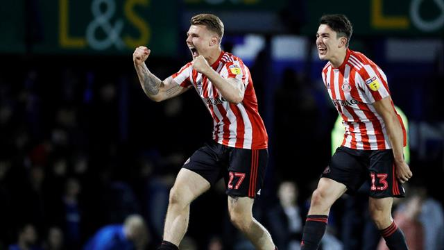 Sunderland shackle Portsmouth to reach League One play-off final