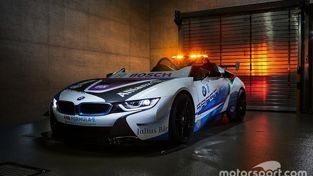 El nuevo y espectacular safety car híbrido BMW de la Fórmula E