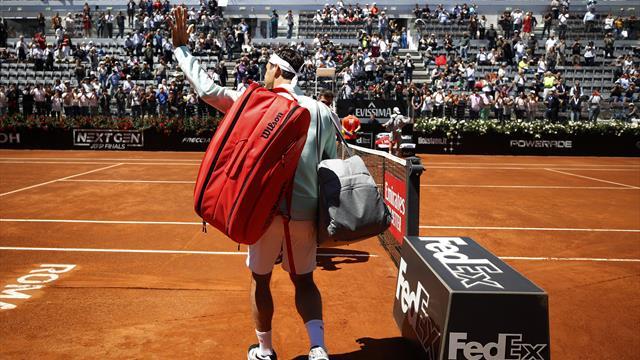 Touché à la jambe droite, Federer renonce à son quart