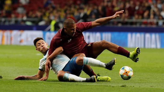 El defensa argentino Lisandro Martínez fichará por el Ajax