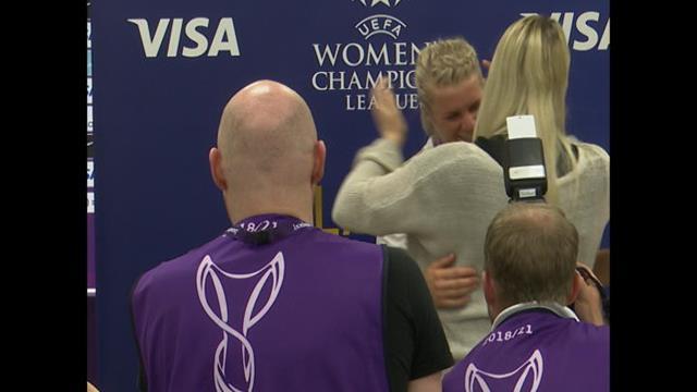 Trophée de joueuse du match : Quand Hegerberg l'a reçu, ce n'était pas elle la plus émue
