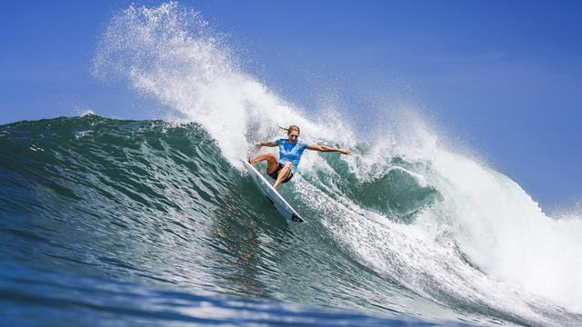 Tahiti candidate pour accueillir le surf aux JO de Paris 2024