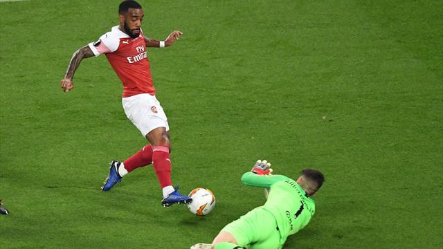 La moviola di Chelsea-Arsenal: niente su rigore su Lacazette, Rocchi dà quello su Giroud