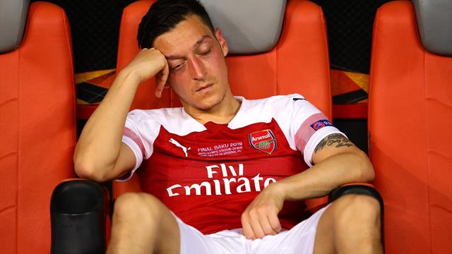 'Savage' boos from Arsenal fans, slated by pundits - Ozil's nightmare in Baku