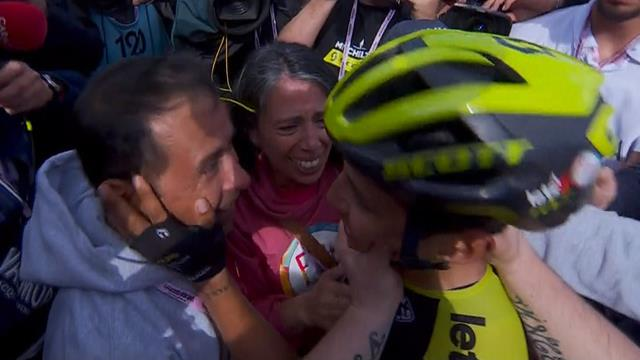 Chaves celebrates win with his tearful parents
