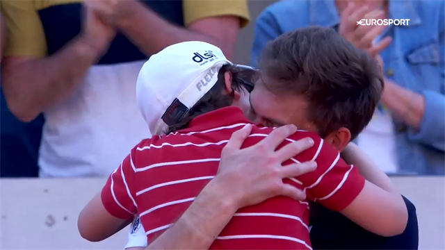 Moment of Roland Garros? Mahut's son runs onto court to comfort defeated father
