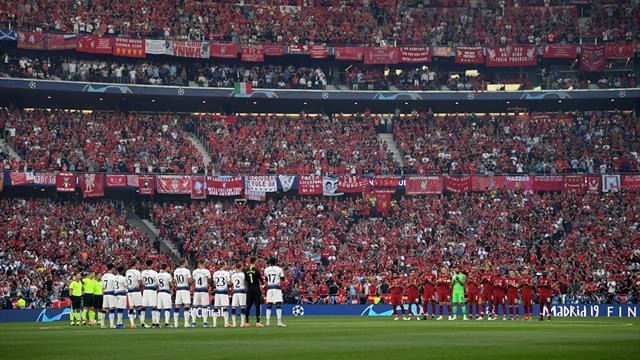 Emotivo minuto de silencio y aplausos en homenaje a Reyes en el Wanda Metropolitano