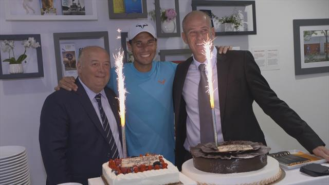 "La ""Rafa tradition"" : Nadal a fête son anniversaire à Roland"