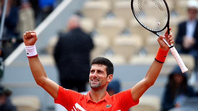 Round-up Dag 9: Djokovic nog zonder setverlies; Halep vermorzelt Swiatek