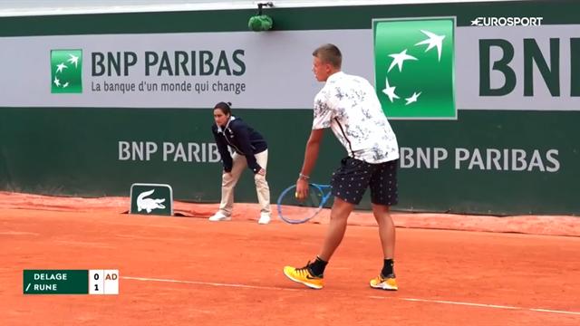 Highlights: Holger Rune slår franskmand og er i 2.runde af juniorturneringen